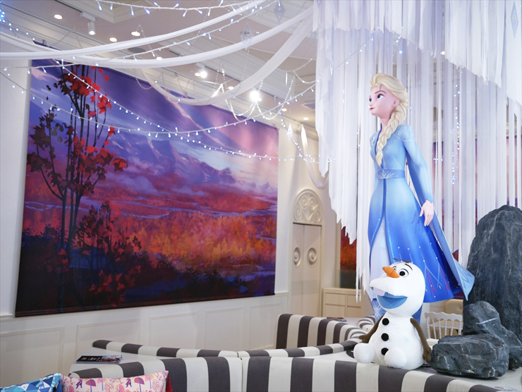 """Frozen 2"" special collaboration cafe"