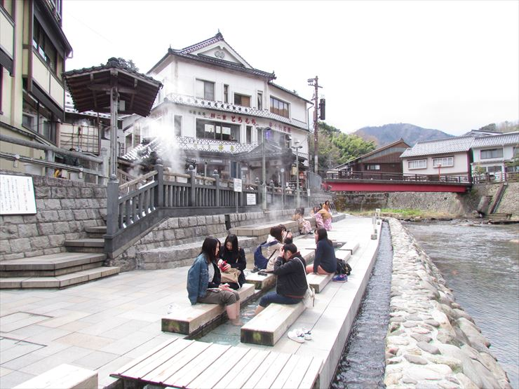 foot bath in yumura onsen